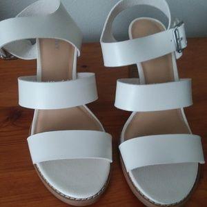 Old Navy Chunky Heel Sandals